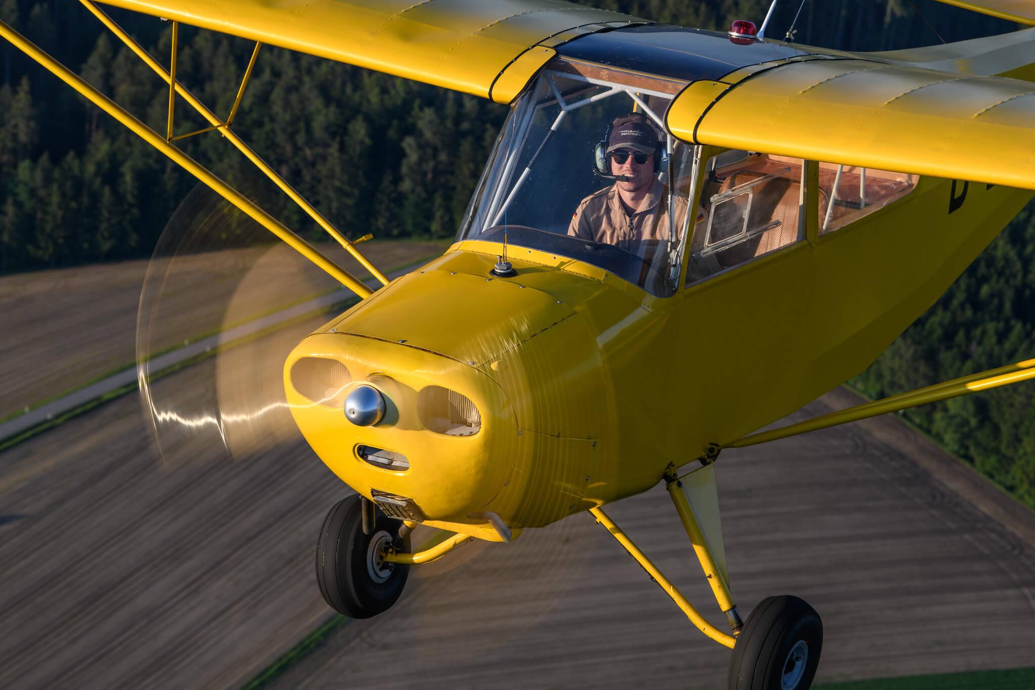 Gelber Flieger 13